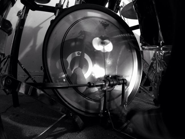 BassDrum Motion Blur Doublemallet Doublepedal Black And White Black & White Blackandwhite Music Bass Drum Percussion Percussion Instrument Noise Indoors  Illuminated Close-up Recording Studio No People Day Whatever No Budget Photography