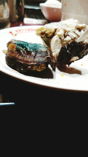 😝delicious Sea-ear DeliciousFood  Awabi Crab Freshseafood With Family Happy Thebestfood Relaxing What Eye See  Lloveofmylife Goodday Night Nightfood First Eyeem Photo