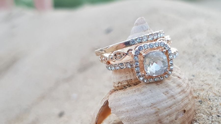 Wedding Rings Shell Sand Beach Sand Fashion Close-up Diamond Ring Diamond - Gemstone Engagement Engagement Ring Diamond Shaped Wedding Vows Wedding Ring Finger Ring Jewelry Store Gemstone  Ring Jewelry Wedding