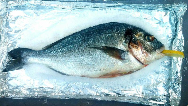 Fish Pescadoalsal Lemon Fresh Eat BBQ Salt Yummy France Sanary Sur Mer Summer