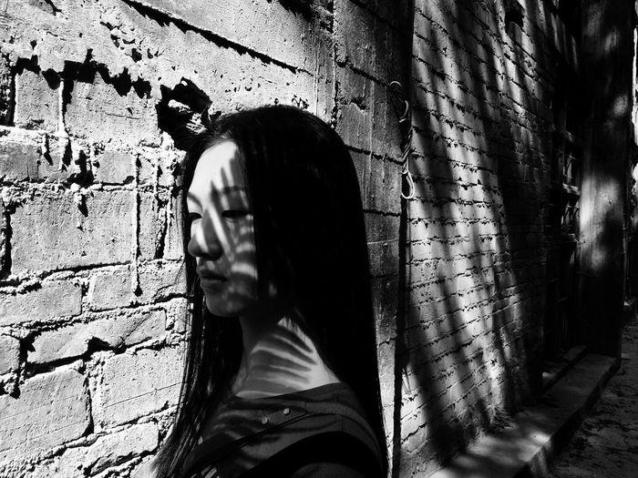 Shadow of man on wall