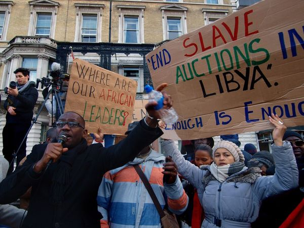 No Borders! No Slavery! Protest demanding an end to auctioning of black Africans in Libya. Following reports of people auctions in Libya. Libyan Embassy. London. UK. 26/11/2017 Protestor Stevesevilempire No Borders! No Slavery! Steve Merrick People Auctions London News LONDON❤ Photojournalism Olympus Protesters Slavery Still Exists Black Lives Matter Protest London Slavery Zuiko Libya