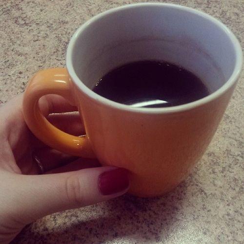 Вообще, я не очень люблю кофе, но после 5ого ученика и в ожидании еще 3х, без него никак....