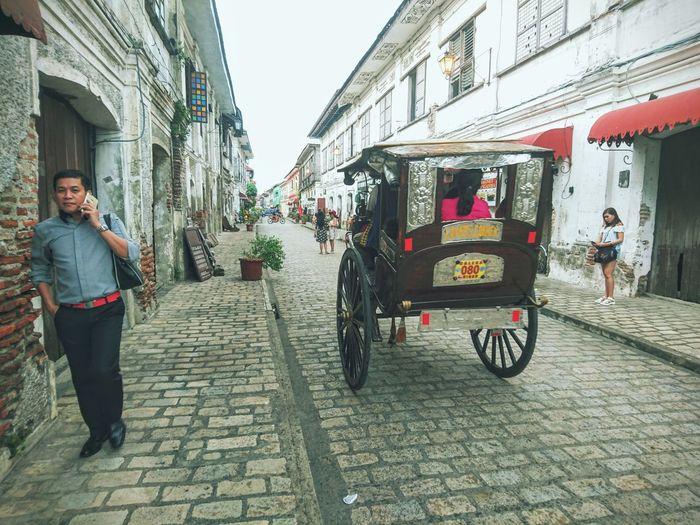 People Calling Horse Carriage Vigan Philippines Heritage Vintage EyeEm Best Shots Eye4photography  EyeEm Gallery EyeemPhilippines EyeEm Phillipines