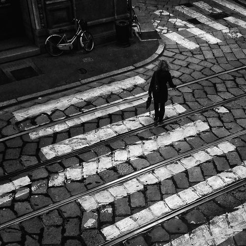 Quo vadis? High Angle View Walking Milano Black And White Streetphotography Streetphoto_bw Street Photography Milan