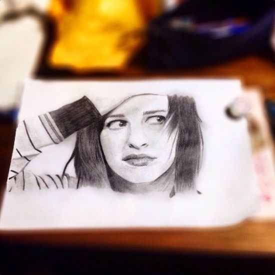 I found an amazing app ! It seems like she is alive :) Hayley Williams Paramore Drawing Art
