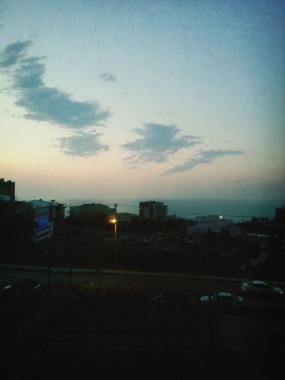Afternoon Zonguldak sokak sessiz.. insanlar sessiz .. gidişine mi üzgünler yoksa .. hüznünü mü yaşıyorlar ayrılığın , yokluğunun ... özlüyoruz ... yasımız var Siirsokakta