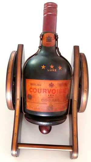 Cognac Courvoisier Cannon Sounds Good !! :)) Don't Open