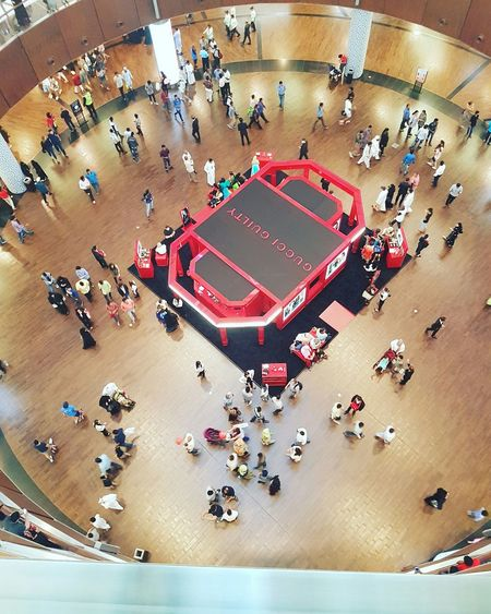 And around we go! Hello World Check This Out Taking Photos City Life Malling DubaiMall Crowd Busy Place Everyday Life Indubai Enjoying Life