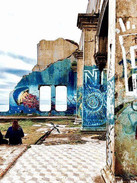 Altura Nature Graffiti Abandoned Architecture Built Structure Day Building Exterior Outdoors No People Sky Destroy IPhoneography Chile Architecture Arte EyeEm Best Shots EyeEm Nature Lover EyeEm Gallery IPhone SE Germany Multi Colored Nature_collection Nature Photography Arquitecture