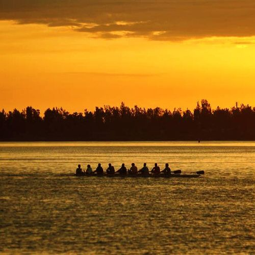 Togetherness LakeLovers WaterLovers Puremichigan Serene Outdoors People Nature Morning Sunrise Nature WyandotteRowers Sunrise_Collection WyandotteMichigan Strengthinnumbers out shooting the Rise just because I can. Outsiders  Rowboats Sunrise