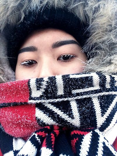 Warm Clothing Winter Portrait Cold Temperature One Young Woman Only One Woman Only Looking At Camera Only Women Scarf Beautiful People One Person Adults Only Fur Human Face Beauty Eyes Eyelashes BYOPaper! The Portraitist - 2017 EyeEm Awards The Street Photographer - 2017 EyeEm Awards