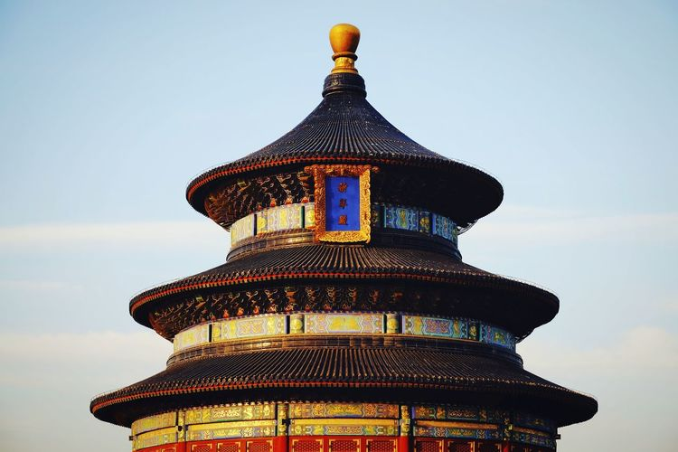 Architecture Roof Dome History Built Structure Travel Destinations Building Exterior Sky Blue City Outdoors Multi Colored Sunlight Warm Light Travel China View Royalty King - Royal Person Light And Shadow Warm Winter Old Building  Temple Of Heaven Park FUJIFILM X-T10 Beijing, China Old Architecture