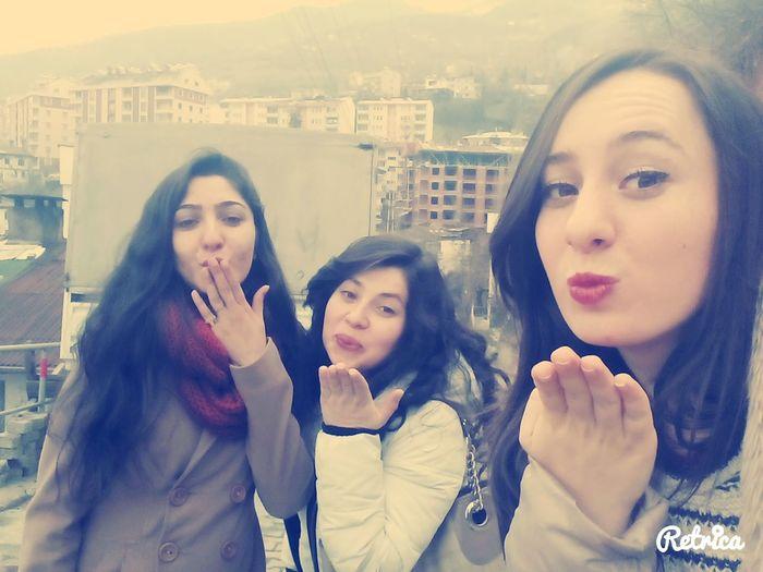 Best Friends ❤ Love ♥ Hello World Kiss ✌