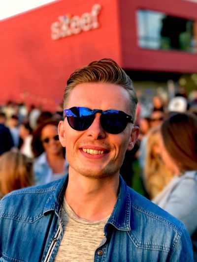 Hello World Check This Out Itsme Music Festival Hawkers Sunglasses Looking At Camera Festival Happiness Focus On Foreground Sommergefühle EyeEm Best Shots EyeEmBestPics EyeEm Gallery What Do You Think? The Week On EyeEm