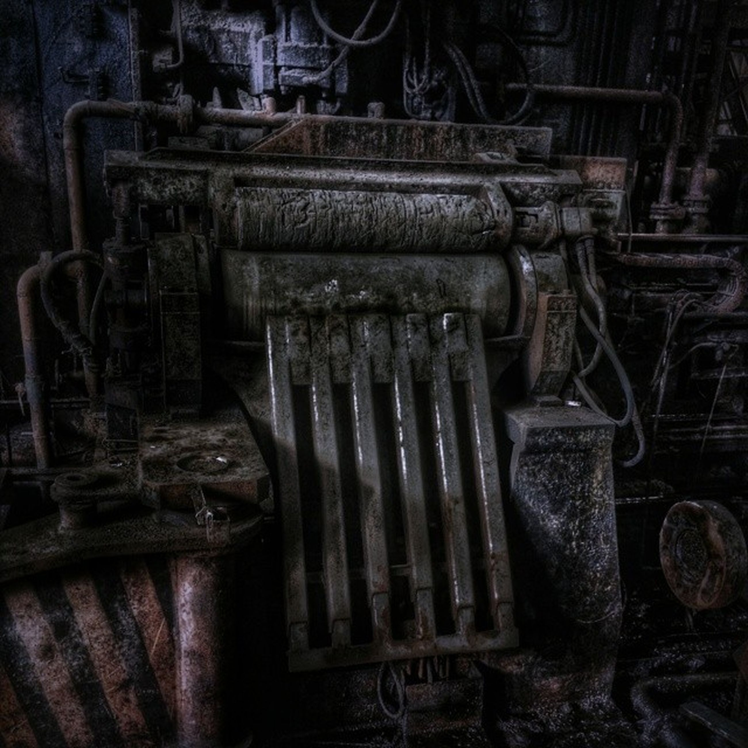 indoors, old, metal, obsolete, abandoned, rusty, close-up, damaged, run-down, industry, wood - material, deterioration, still life, factory, metallic, old-fashioned, no people, machinery, machine part, the past
