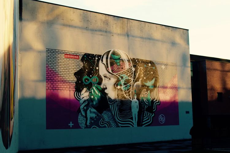 Louvain-La-Neuve, Belgium Mur Tag