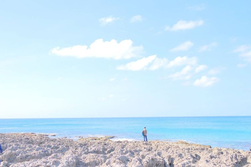 Sea Beach Horizon Over Water One Person Cloud - Sky Sky Tranquil Scene Adults Only Outdoors People Rear View Beauty In Nature Only Men Scenics Nature Leisure Activity Adult Man At The Beach Fujifilm Xpro2 Kenting, Taiwan 墾丁 Beauty In Nature Vacations Sand Day
