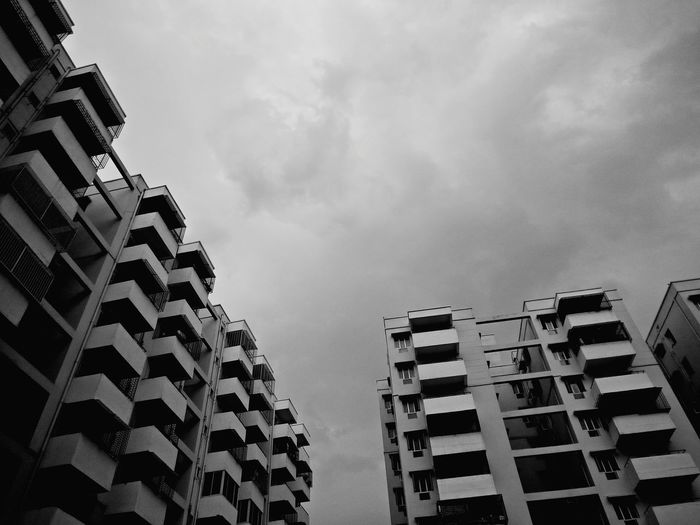Black And White Blackandwhite Photography Building Building Exterior Sky And Clouds Skytops