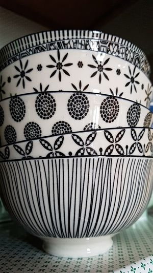 Bowl Decorated Geometric Shape Black And White Close Up Details Decoration Close-up ArtWork Pattern Cool Textured  Geometric Shape Design Floral Pattern Fabric