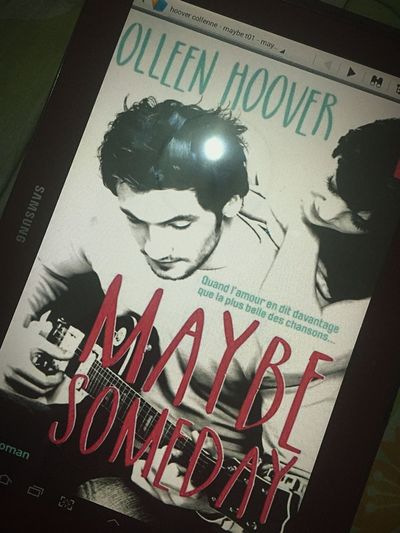 Livre fini Maybesomeday Collen_hoover 👌🏻👌😌