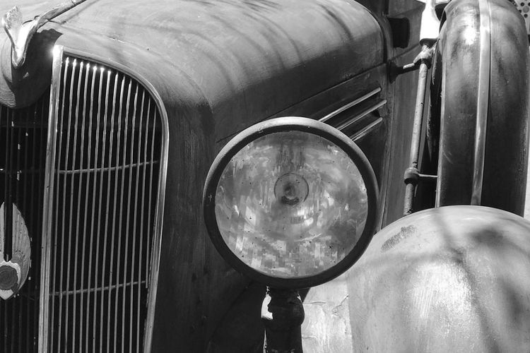 Close-up No People Day Outdoors Old Car Chrysler 1936 Chrysler Standardair Rusted Cars Rusted Car Panels Rusted Car Deliberately Rusted Car Body Rusted Car Body Vintage Car Classic Car Classic Cars Classic Vehicle 1930s 1936 Old World Old World Charm Black And White Black & White Black And White Photography Old Rat Car