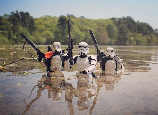 Something in the water... Starwars Toyartistry Starwarstoys Toycrewbuddies Starwarsblackseries Toyphotography Starwarstoyphotography Toyoutsiders Starwarstoycrew Actionfigurephotography Toysaremydrug Stormtrooper Toycommunity Toyplanet