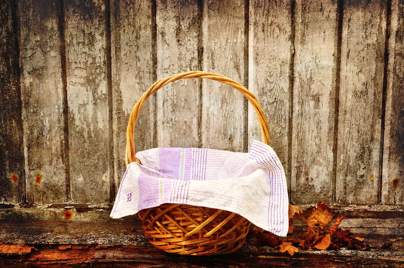 Picknic basket, vintage style. Basket Close-up Day Deterioration No People Old Old Fashioned Outdoors Picknic Basket Picknick Still Life Vintage Wooden The Still Life Photographer - 2018 EyeEm Awards