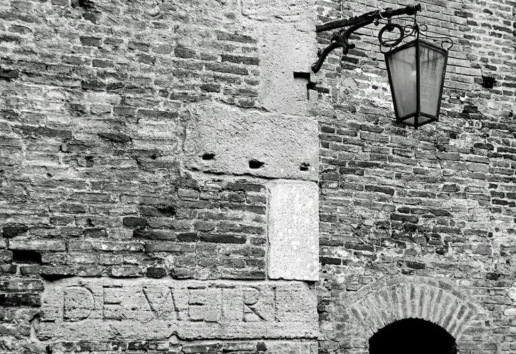 De Metri Italy Blackandwhite History EyeEm Best Shots EyeEm Best Shots - Black + White NEM Black&white EyeEmRussianTeam Monochrome Artefact Shadows & Lights