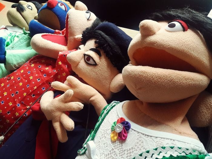 Puppets that make you learn DelhiMetro Puppetshows :)