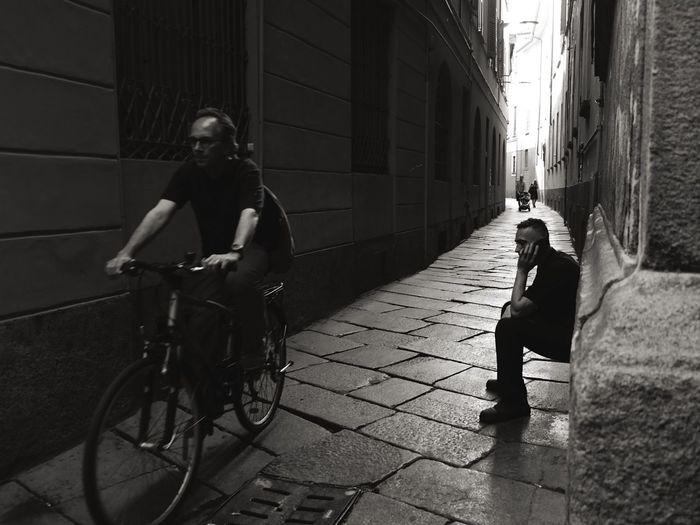 EyeEm Bnw EEA3-Milano The Global EyeEm Adventure Blackandwhite Monochrome Open Edit The EyeEm Facebook Cover Challenge EyeEm Best Shots EyeEm Masterclass Light And Shadow