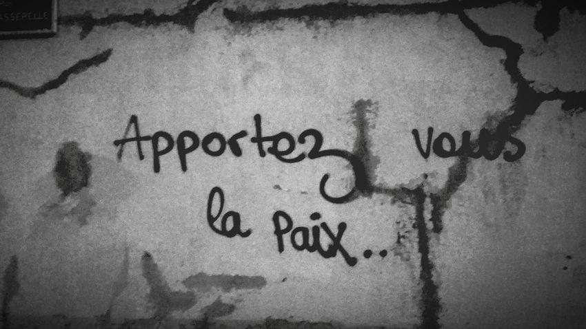 Truth Paris Streetphotography Streetart Peace