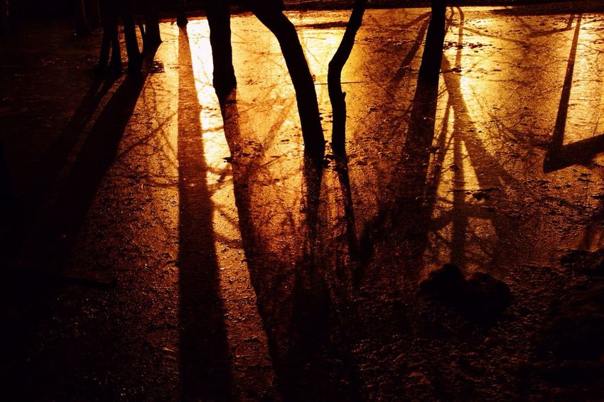 Тени ночных улиц Nightphotography ночные огни ночные улицы Street Night Night Lights Night Street Ночь Atmosphere Екатеринбург Night City Ekaterinburg ночной город атмосфера Ekaterinburg_foto ночныепрогулки Ekaterinburgcity ночная тема Atmospheric Light ночные дворы Streetphotography тени Shadows Shadows & Lights Russia