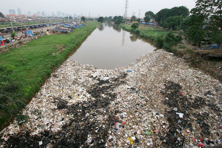 Garbage Dump Environment Environmental Issues Garbage Garbage Bin Garbage Can Nature No People Outdoors Polluted Pollution River Water Water Pollution