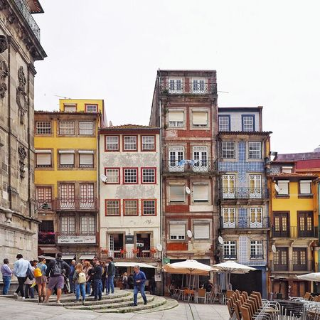 Architectural Column Architectural Feature Architecture Architecture Architecture_collection Building Exterior Built Structure City City Life Cityscape Clear Sky Color Colors Day Large Group Of People Men Outdoors People Porto Portugal Portugaldenorteasul Real People Residential Building Sky Women
