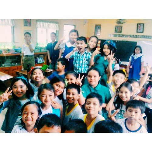 Grade III SSES Newton today was a blast! Most of them loves math, science, drawing and swimming! These kiddos are awesome!! 👌💕📚👓 Psychtesting Deployment Geniuses VSCOPH Vscocam