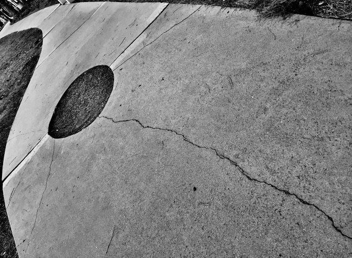 EyeEmNewHere Minimalism Blackandwhite Streetphotography Day No People Outdoors Nature Close-up EyeEm Ready   Visual Creativity The Architect - 2018 EyeEm Awards The Street Photographer - 2018 EyeEm Awards 10