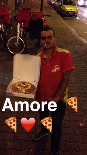 All a girl needs Bestpeople Loveisintheair.<3 Pizza Enjoying Life