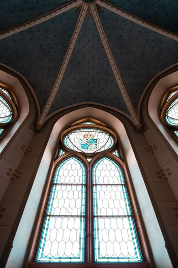 EyeEm Best Shots Architecture Ceiling Religion Arch Built Structure Architecture Place Of Worship Belief Pattern Low Angle View Spirituality Indoors  Window Building Glass - Material Glass