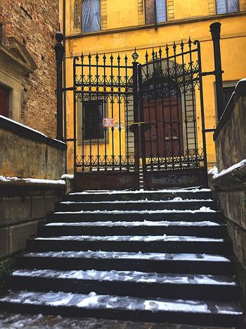Firenzemadeintuscany Firenze, Italy Firenzetoday Firenze Florence Italy Florence Architecture Steps Built Structure Staircase Steps And Staircases Building Exterior Railing Window No People Balcony Outdoors Day