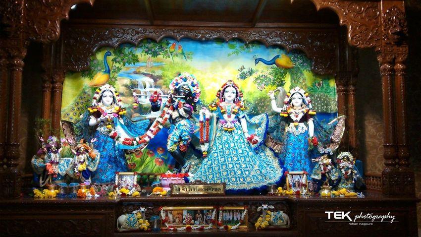 Hare krishna God & cute radha.... 1080i