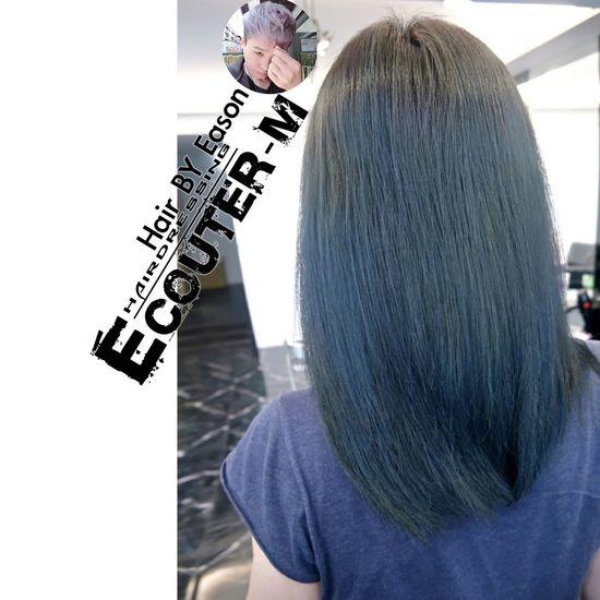 (#EasonHairstylists ) 【🔧利用光線🔨不用漂髮又增加ㄧ款👉👈】 一種似綠似灰迷霧感超謎微🔈🔉🔊 光線讓你謎妙通通愛,可以現場預約問啦~🐝 Ps.👉簡訊沒辦法很精準知道妳們底色啦~♡💞 沒有在現場看到頭髮是不能夠了解更多喔!🍭 😡可以預約當下染,在諮詢顏色就可以。 👉加上光線感覺的碰撞👈好Macth ✔漂髮不一定 COLOR ➡️ 漂髮不一定➡️一定加 #olaplex 或 #Replex 強韌頭髮彈性 直接點 ↪ #EasonHairstylists @EasonHairstylists @newkireifish @CLEartist ✴秘密矯色護色洗髮精,👍(好用不貴,護色又保持顏色) ✴抗氧化只要擦瑪卡油+sd觸感調理素 使用(交換使用) 👑潤澤瑪卡油噴霧加強亮度 👑每月需要回來維護護髮維持顏色光澤 👥任何產品網路訂購免運費⤵ 不要折扣就不要輸入【Eason】代號⤵ ▶優惠️需要教學輸入代號【Eason】購物這裡會教⤵ http://easonjen.pixnet.net/blog/post/198240480 ▶️洗髮精這裡買⤵ http://ecouterhair.com/online-shop/ 線上直接預約LINE ID: EEASON 問價錢找她就對👉 0963599112 #replex #OLAPLEX #MACADAMI美國瑪卡 MOROCCANOIL摩洛哥優油 Olaplex #beauty #Beautiful #day #Eastern #gray #popular #Fondleadmiringly #popular #color #dye #hair #Bleachinghair #ecouter Taipi Handsome