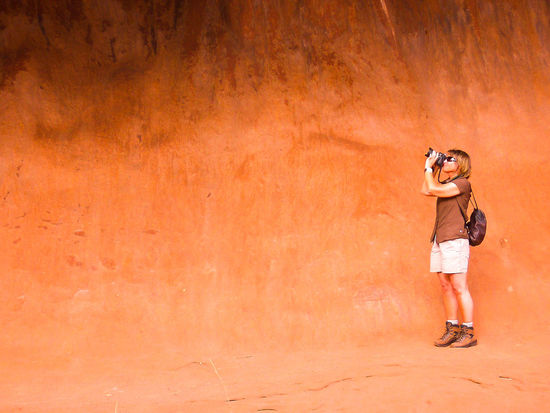 Aboriginal Land Adult Australia Camera - Photographic Equipment Casual Clothing Day Digital Camera Digital Single-lens Reflex Camera One Person Outback Outdoors Photographer Photographing Real People Red Color Standing The Secret Spaces Uluru Young Women The Great Outdoors - 2017 EyeEm Awards The Portraitist - 2017 EyeEm Awards Neighborhood Map in Uluru, Australia Live For The Story The Photojournalist - 2017 EyeEm Awards Summer Sports