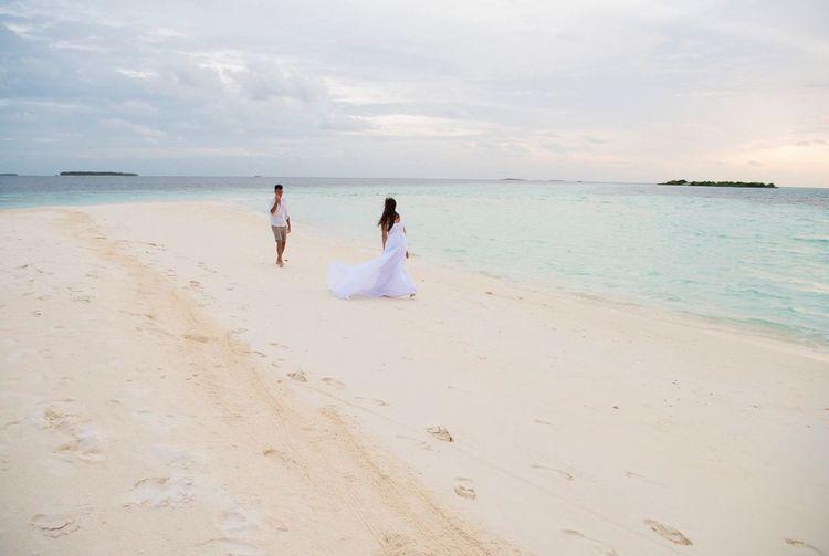 Maldives wedding Maldivesphotography Maldives Maldives Islands Wedding Wedding Photography Nikonphotography Nikonphotographer Photographer Beach Nature Instagood Instadaily Maldivian Bride Love Wedding Dress Sand Real People Summertime