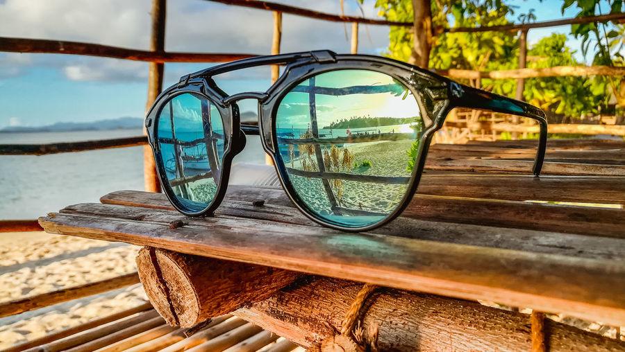 Shades of Summer Water Reflection Sky Close-up Outdoor Play Equipment Shore Sandy Beach Pebble Beach Beach Horizon Over Water