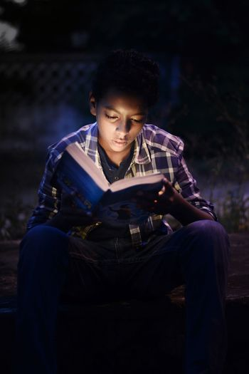 Portrait Photography Read Reading Boy Alone Man No People Portrait Men Posing Thoughtful Pretty Caucasian Head And Shoulders Thinking
