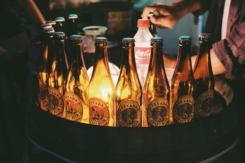 Tevada beer Beer Bottle Beer - Alcohol Drink Human Hand Close-up Beer Beer Time Hangout Drinking Glass Unioncamp Bangkok Thailand. Bangkok l