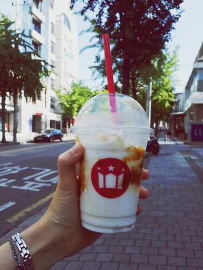 HOLLYS COFFEE Milk Shake 진짜 가을이 오나보넹