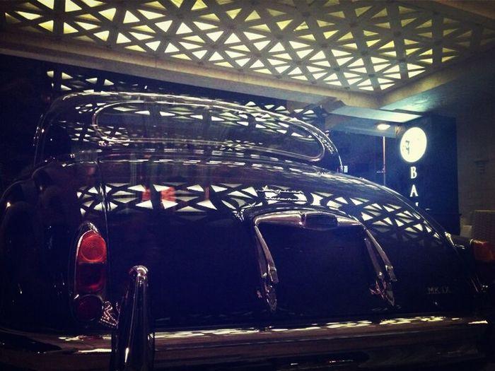 JAGUAR Luxury Car Light And Shadow Shine On!