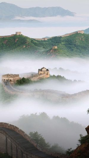 View of great wall of china in fog